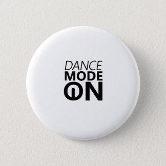 Dancing Gift Dance Mode On 6 Cm Round Badge