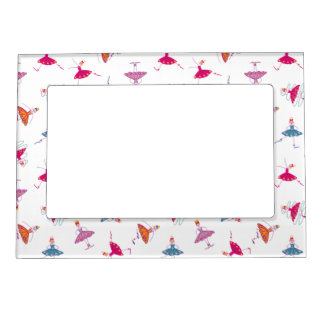 Dancing girls magnetic picture frame