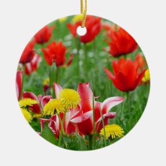 Dandelion and Tulip Meadow Round Ceramic Decoration