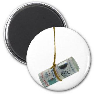 Dangling Singapore dollar 6 Cm Round Magnet