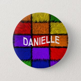 DANIELLE 6 CM ROUND BADGE