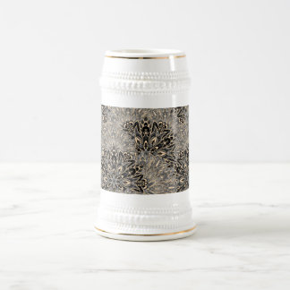 Dark mandala pattern. beer stein