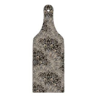 Dark mandala pattern. cutting board