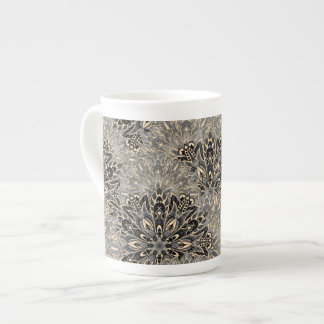 Dark mandala pattern. tea cup