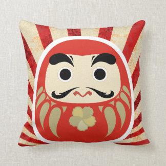 DARUMA Pillow