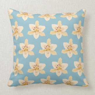 Day Lily Illustrative Big Ptn on Light Blue Throw Pillow