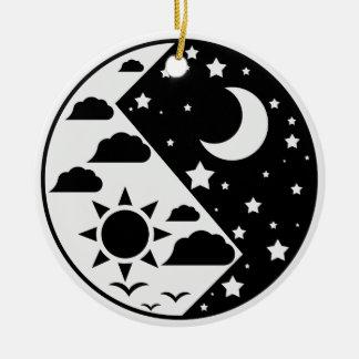 Day & Night Yin Yang Ceramic Ornament