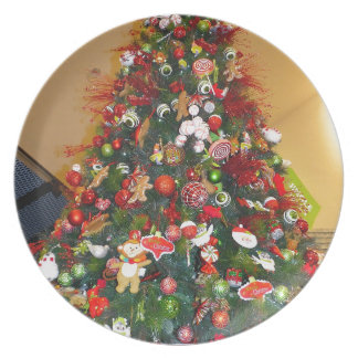 Decorated Christmas Tree Party Plate