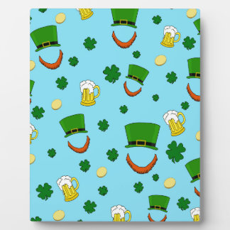 Decorative St. Patrick's day pattern Display Plaque