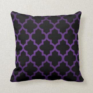 Deep Purple and Black Quatrefoil Pattern Cushion