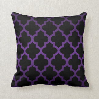 Deep Purple and Black Quatrefoil Pattern Throw Pillow