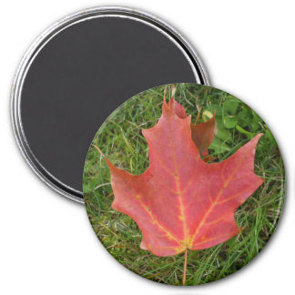 Deep Red Maple leaf-Canada Day 7.5 Cm Round Magnet