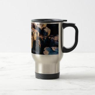 deep rock crevice travel mug