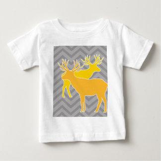 Deer on zigzag chevron - grey tshirt