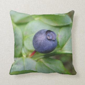 Dekokissen bilberry with green sheets throw pillows