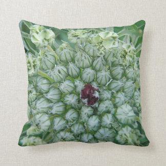 Dekokissen green-white game bloom pillow