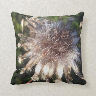 Dekokissen star shaped straw bloom cushions