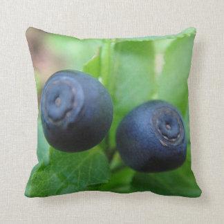 Dekokissen two forest bilberries cushion