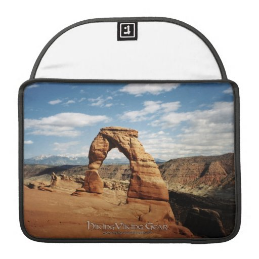 Delicate Arch, Arches National Park, Utah Sleeve For MacBooks