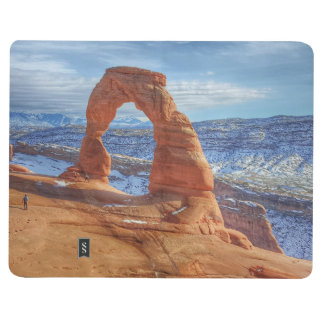 Delicate arch in Utah Arches National Park Journal