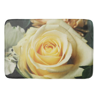 Delicate Cream Country Rose Bath Mats