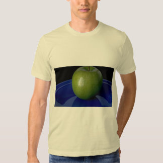 Delicious Green apple on blue plate Tshirts