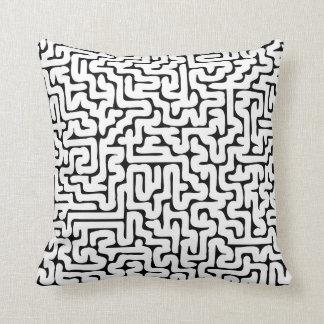 Dense Labyrinth Black&White Cushion
