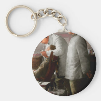 Dentist - The horrors of war 1917 Key Ring