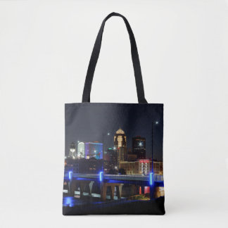 Des Moines Skyline with Orlando Memorial Tote Bag