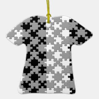 Design - Black & White Ceramic T-Shirt Decoration