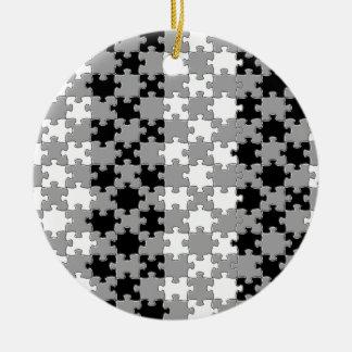 Design - Black & White Round Ceramic Decoration