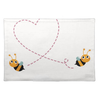 DESIGNERS t-shirt with Love bees Placemat