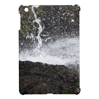 Detail of a small waterfall case for the iPad mini