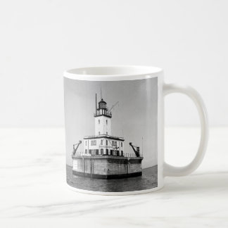 DeTour Reef Lighthouse Coffee Mug