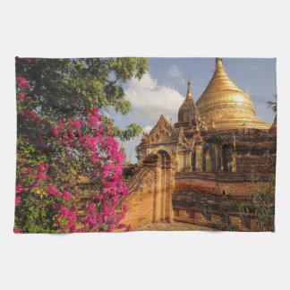 Dhamma Yazaka Pagoda at Bagan (Pagan), Myanmar Towel