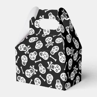 Dia de los Muertos White Paper Skulls Party Favour Boxes