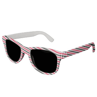 Diagonal chevron stripes sunglasses
