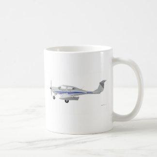 Diamond DA-40 Basic White Mug