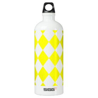 DIAMOND PATTERN in Bright Yellow ~ SIGG Traveller 1.0L Water Bottle