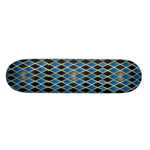 Diamonized Patterned Skateboard