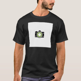 Digital camera with a green aperture T-Shirt
