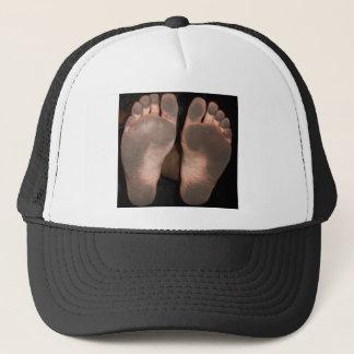 DIRTY FEET TRUCKER HAT