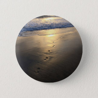 Disappearing Footprints 6 Cm Round Badge