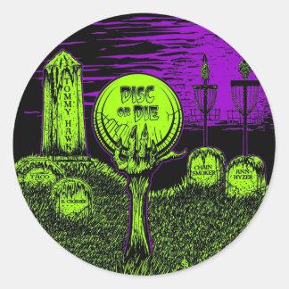 Disc Or Die - Disc Golf Design Classic Round Sticker