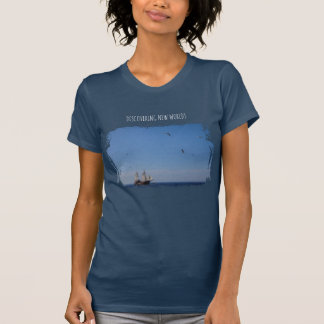 Discovering new worlds T-Shirt