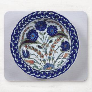 Dish with a floral decoration, Iznik Mouse Pad