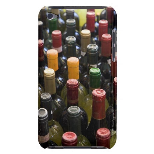 dispaly fo wine bottles in market, Campo di iPod Case-Mate Cases