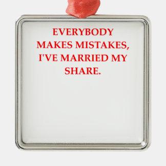 DIVORCE Silver-Colored SQUARE DECORATION