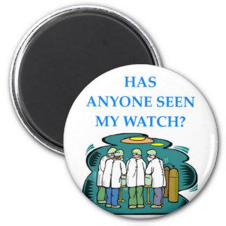 doctor 6 cm round magnet