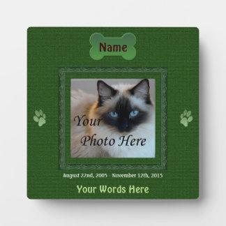 Dog or Cat Memorial Elegant Green Plaque